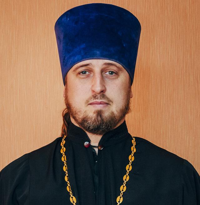 Протоиерей Романов2